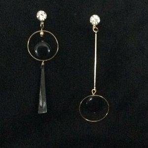 """Gold and black """"Mismatched"""" EARRINGS LOVE THESE!"""